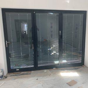 bifold-door-with-blinds